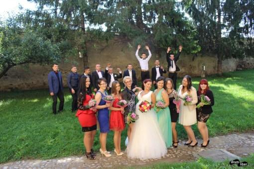Se fac poze pentru nuntă