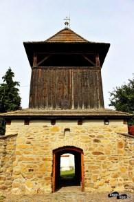 Turnul clopotniță. Se poate urca aici
