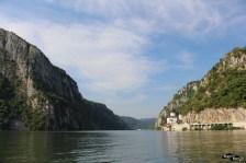 Cazanele Dunării cu barca