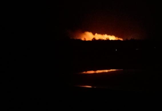 Вибухи у Калинівці: тисячі людей евакуйовано, траси перекрито
