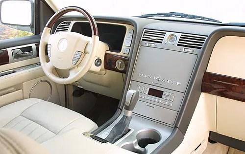2003 Lincoln Navigator Interior