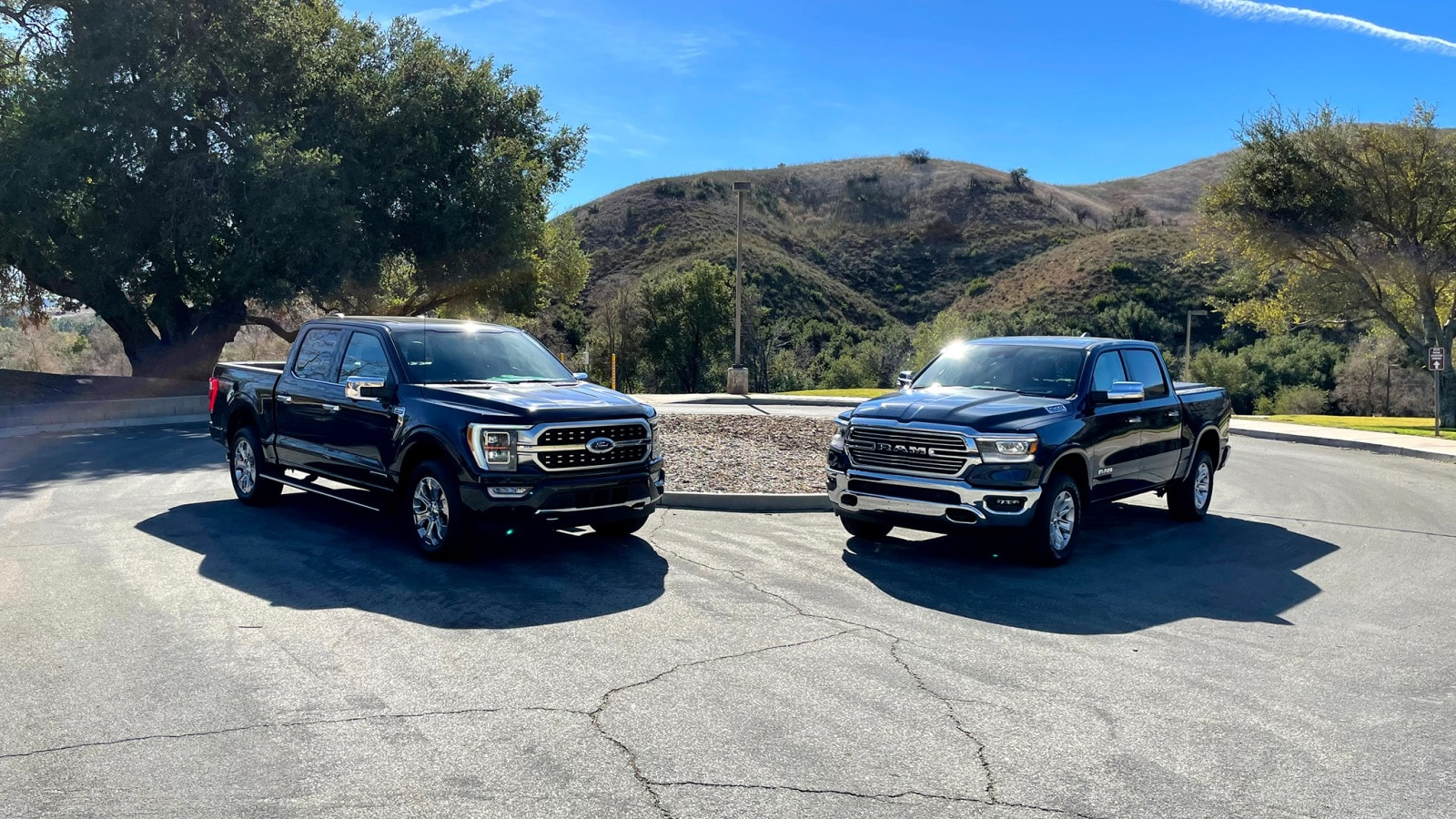 ⭐ compare all specifications and configurations of the 2021 ram 1500 classic, choose special features and options, and check out specs and trims on carbuzz.com Ford F 150 Vs Ram 1500 Big Truck Throwdown Edmunds