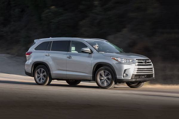 2017 Toyota Highlander XLE 4dr SUV Exterior Shown