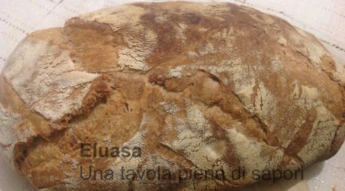 Pane con pasta madre ad alta idratazione