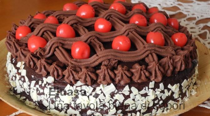 Torta cioccolato e ciliege