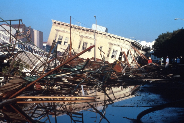 Damage in San Francisco from the Loma Prieta earthquake