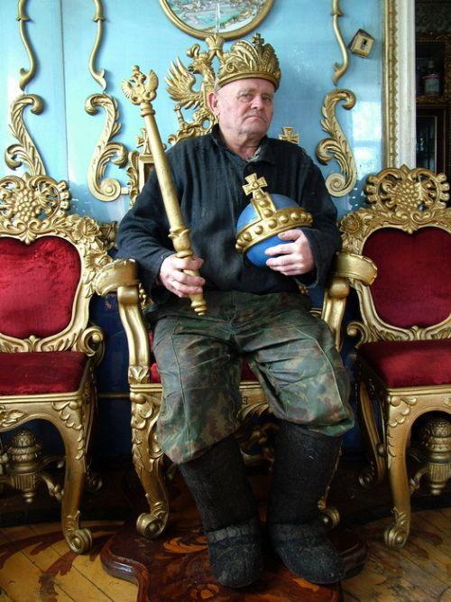Living Like a Tsar 12