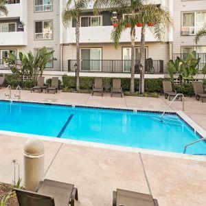 Playa Pacifica Apartments Reviews In Hermosa Beach 415 Herondo St Equityapartments