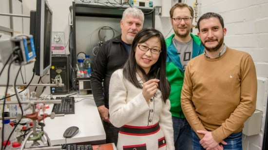 Improving the lifetime of bioelectrodes for solar energy conversion