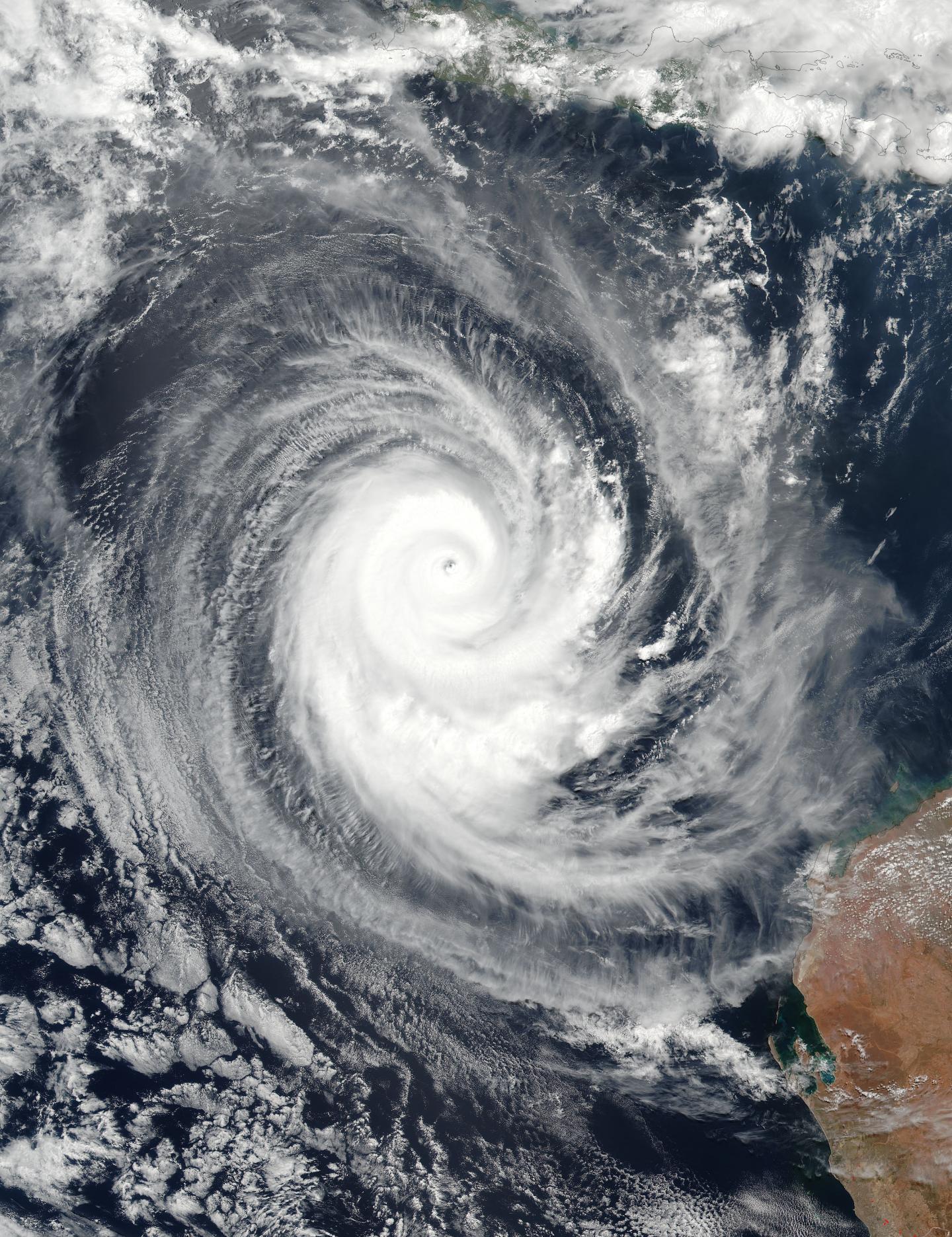 NASA eyes powerful Tropical Cyclone Marcus - Big4All.Org