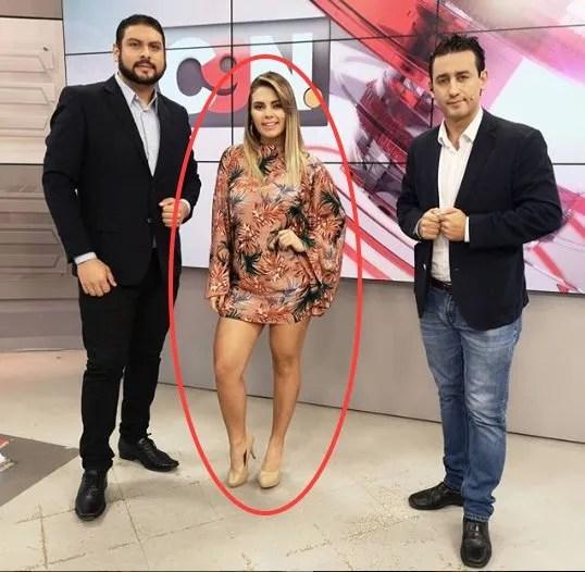 Fátima es una joven periodista que paso por la televisión.