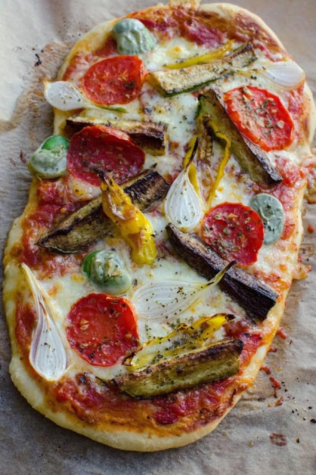 Pizza med stadsodlade grönsaker