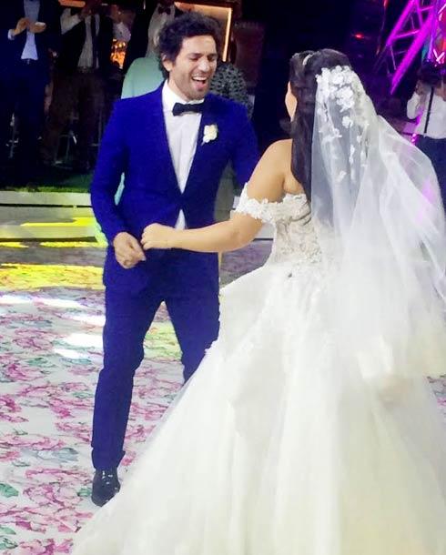 بالفيديو شاهد رقص عمرو يوسف وبوسي على أغاني المهرجانات فى