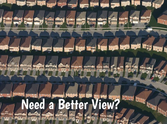 homes backing to common ground
