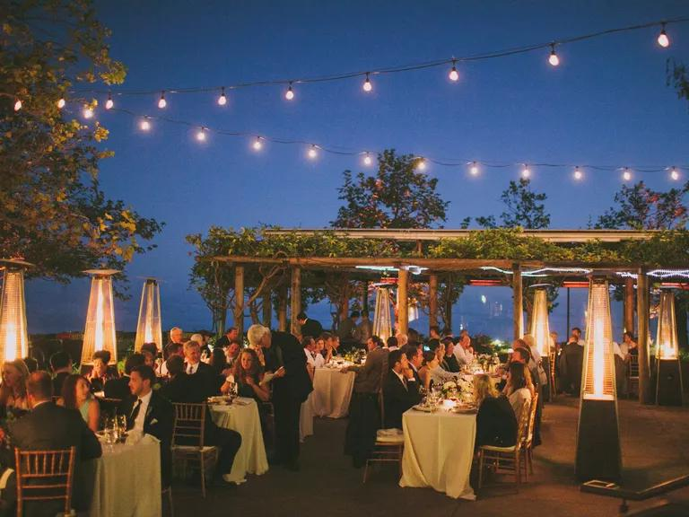 Wedding Guests: Reception Seating How-Tos