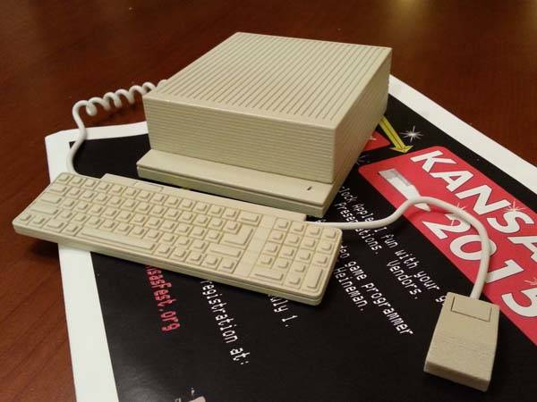 3D Printed Apple IIGS Raspberry Pi Case