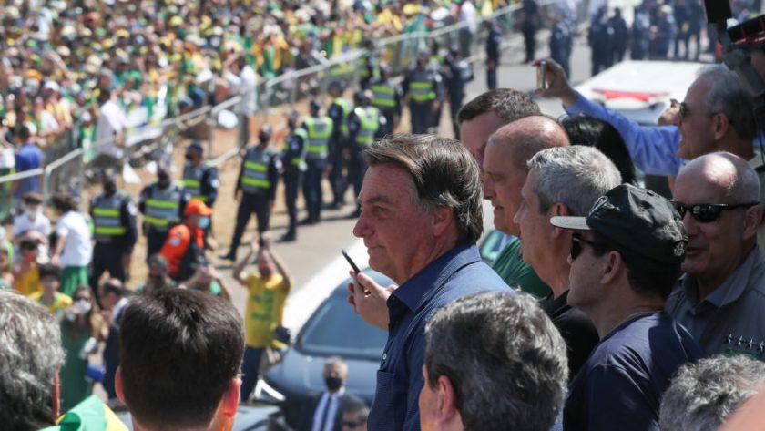Bolsonaro speaks in Brasilia