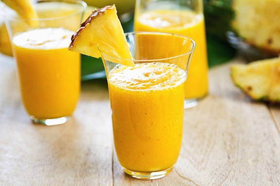 Juicy-pineapple-smoothie-recipe