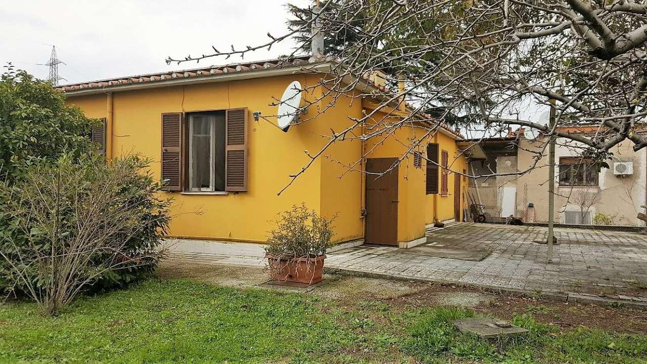 Villa Casa Vendita Roma Di Metri Quadrati 100 Prezzo 260000 Nella Zona Di Cinecitt 224 Rif Romanina Ad Ze Anagnina