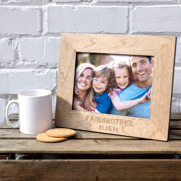 Engraved Wooden Picture Frame - Family Name ...