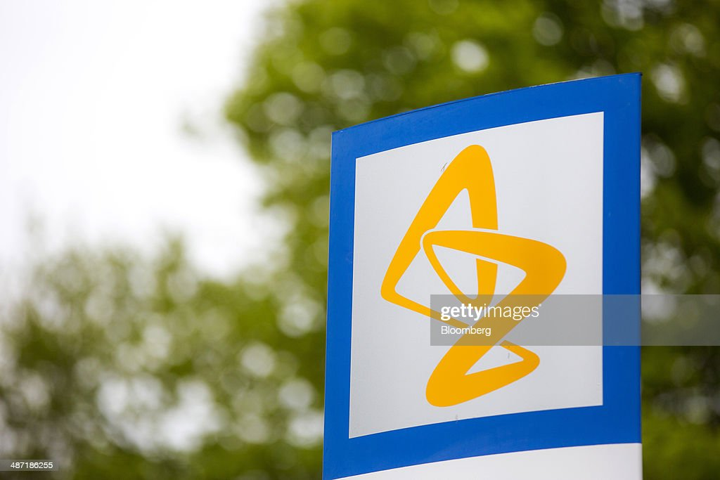 https www gettyimages de detail nachrichtenfoto an astrazeneca logo sits on a sign outside astrazeneca nachrichtenfoto 487186255