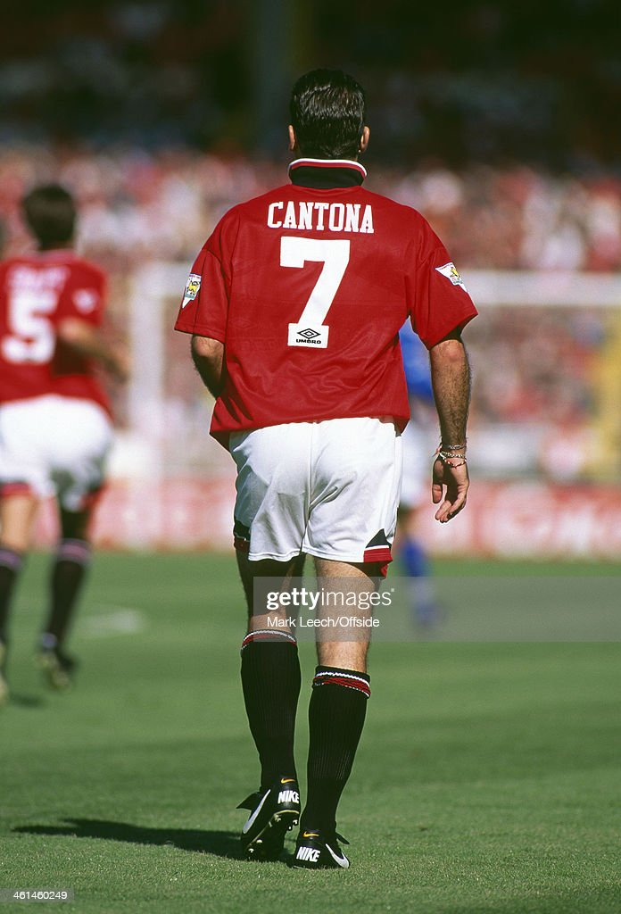 Speaking in his second autobiography second half, keane tells how sir alex ferguson wanted him to succeed eric cantona in the famous number. Eric Cantona | Getty Images