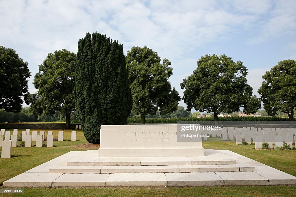 Commonwealth War Graves Stock Photos and Pictures | Getty ...