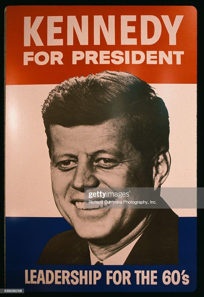 https www gettyimages ch detail nachrichtenfoto campaign poster for john f kennedy is displayed inside nachrichtenfoto 535035256 language fr