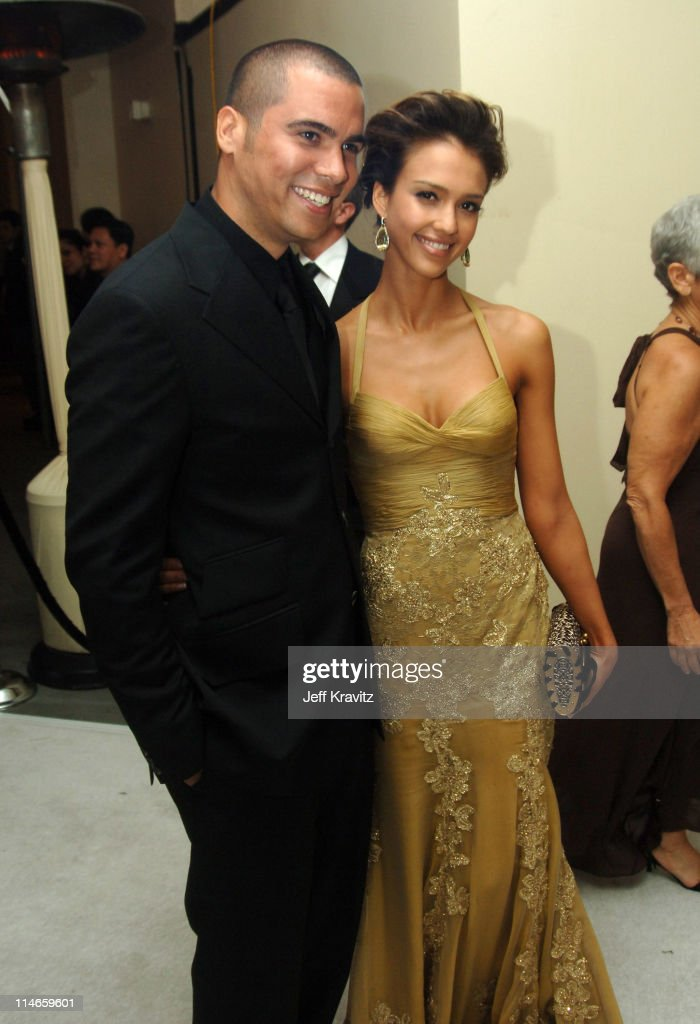https www gettyimages dk detail news photo cash warren and jessica alba presenter during the 78th news photo 114659601