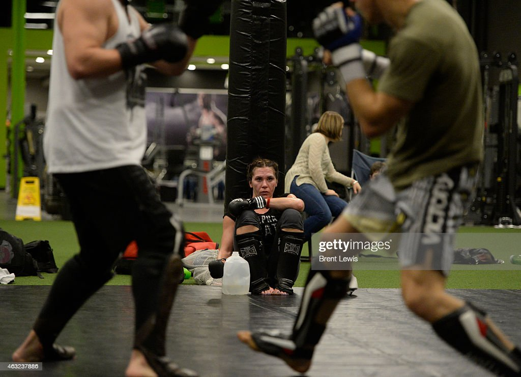 Cat Zingano Prepares for UFC Title Fight Pictures | Getty ...
