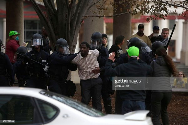 Holiday Shopping Begins In Ferguson As Protests Continue ...