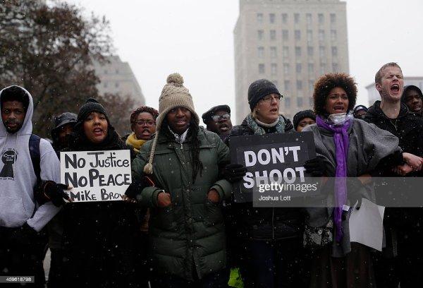Ferguson Faces Unrest And Destruction As Thanksgiving ...