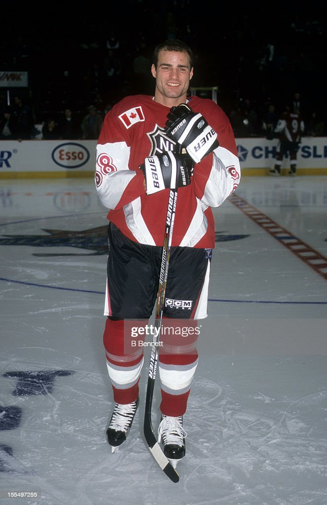 Eric Lindros Stock Photos and Pictures | Getty Images