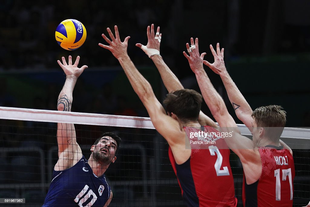 Men's Volleyball Stock Photos and Pictures | Getty Images