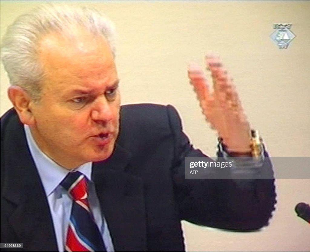 Slobodan Milosevic Photos et images de collection | Getty ...