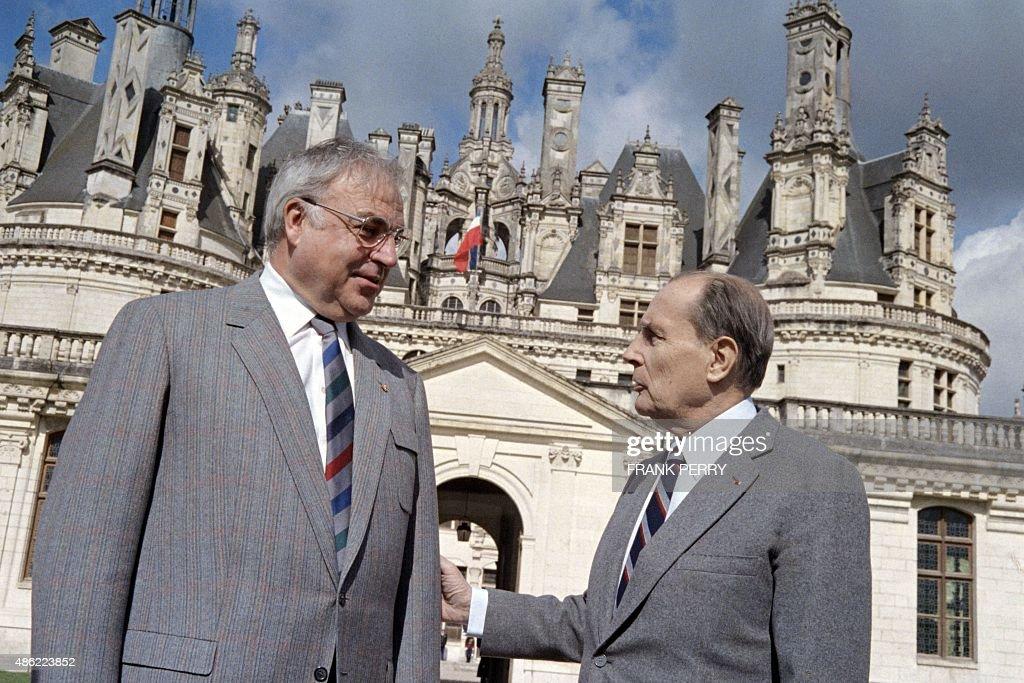 Helmut Kohl; François Mitterrand Stock-Fotos und Bilder ...
