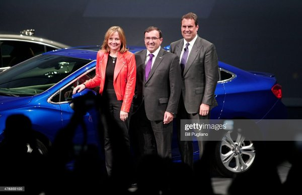 Chevrolet Debuts Its New 2016 Cruze | Getty Images