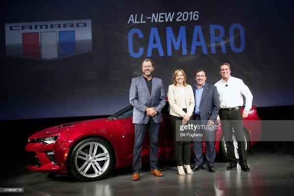 General Motors President Dan Ammann, CEO Mary Barra , Alan ...