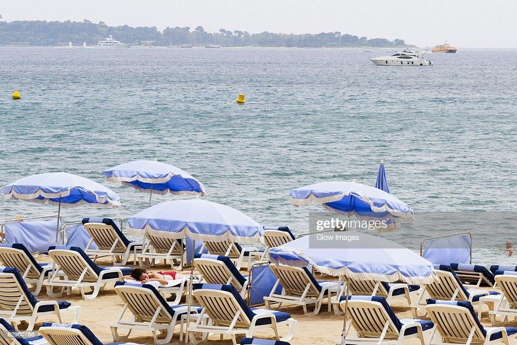 https www gettyimages co nz photos parasol de plage