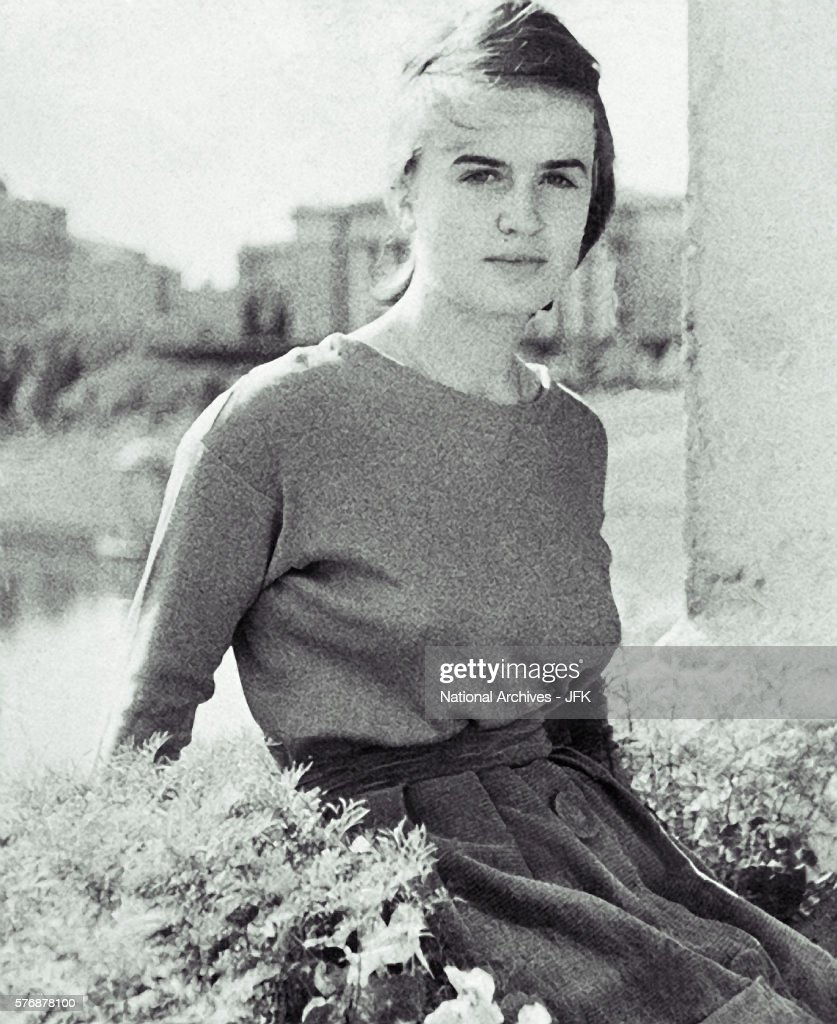 Marina Oswald Porter Stock Photos and Pictures | Getty Images