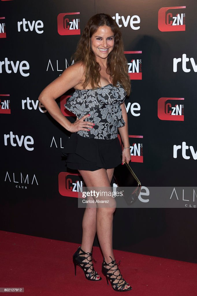スペイン人モデル モニカ・オヨス ストックフォトと画像   Getty Images