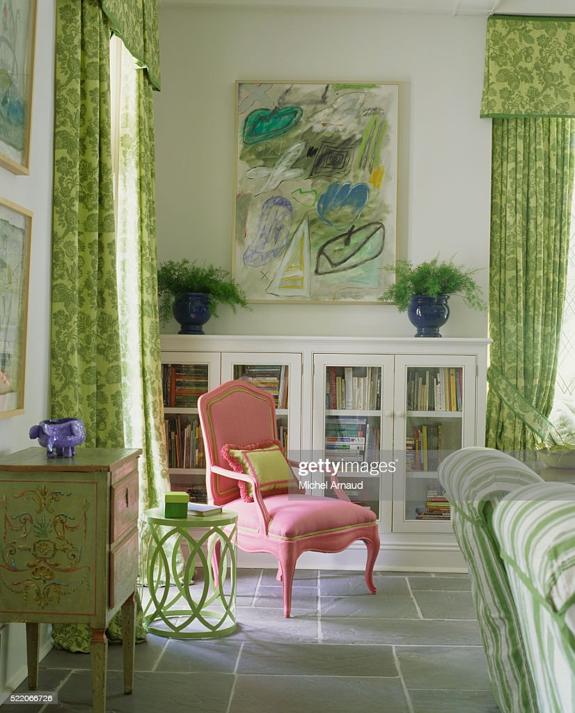 Pink Accent Chair In Living Room With Green Furnishings High