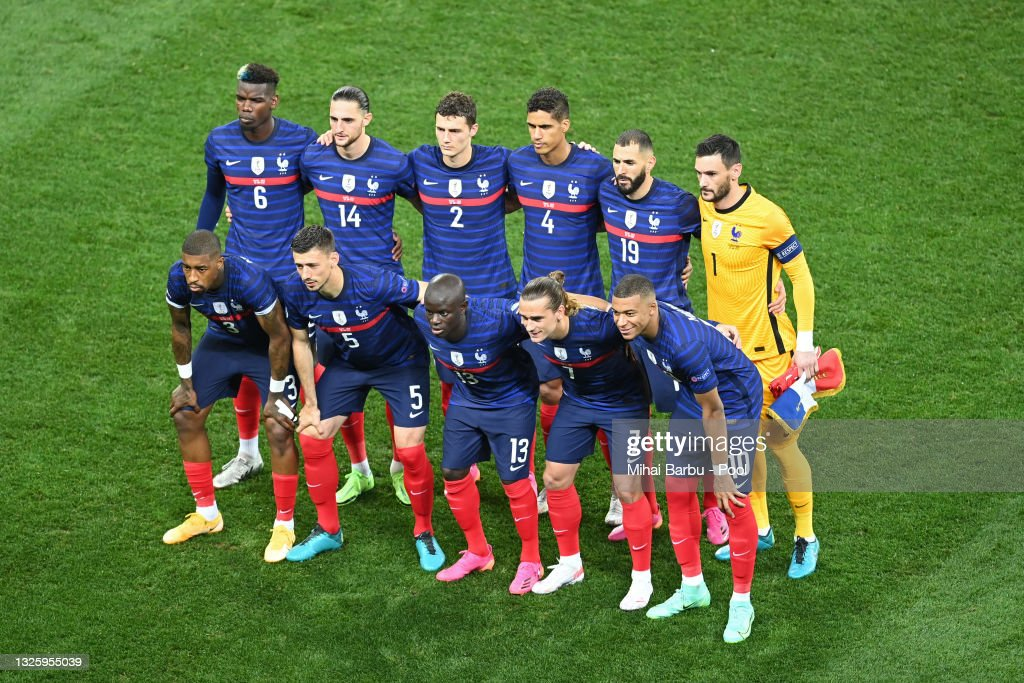Only 46 of those players can dress in uniform and play in a game. 31 751 Bilder Fotografier Och Illustrationer Med France National Football Team Getty Images