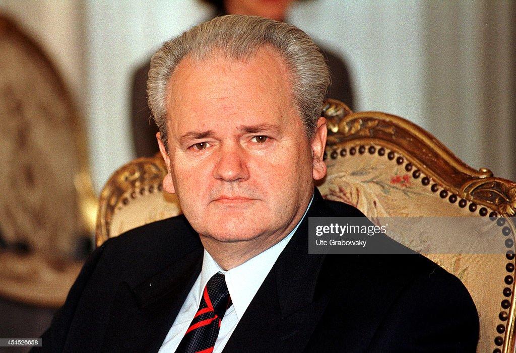 Slobodan Milosevic Portraits Photos et images de ...