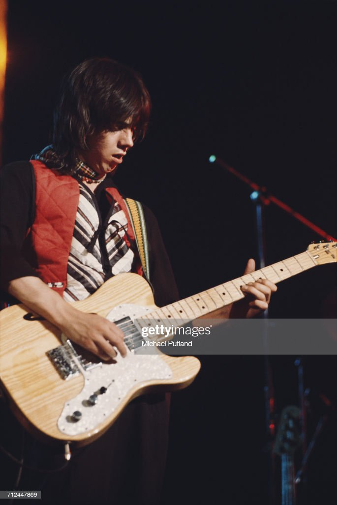 Jimmy Mcculloch Stock Photos And Pictures Getty Images
