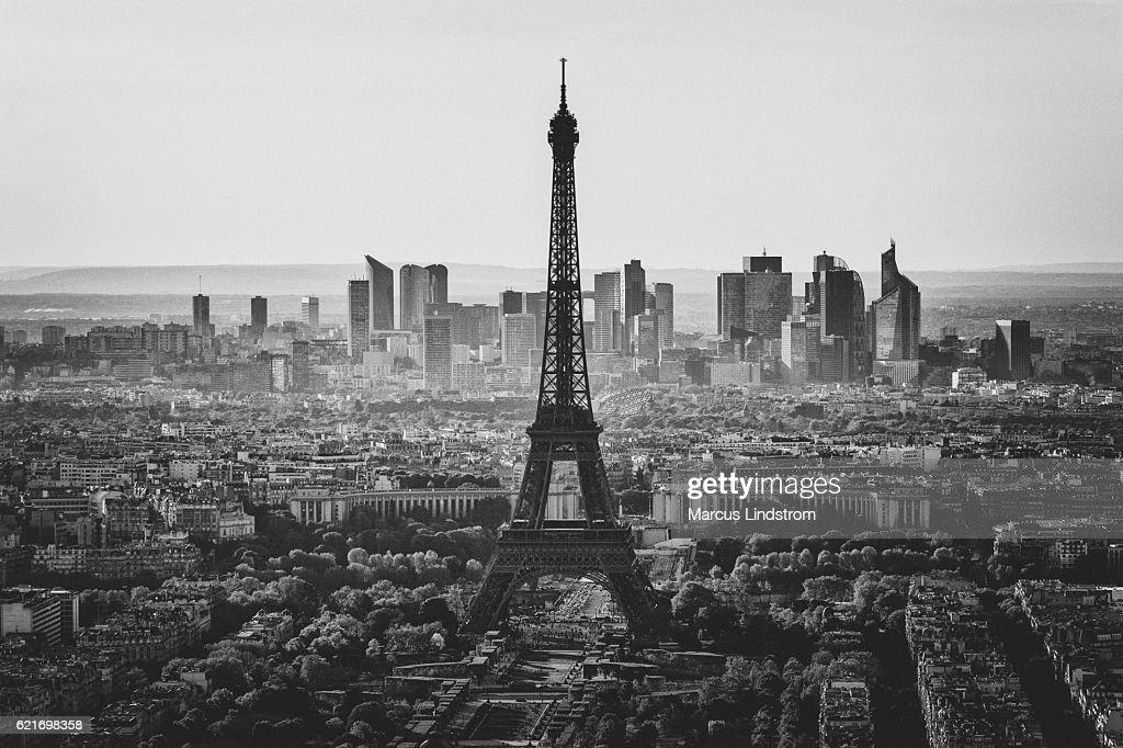 https www gettyimages fr photos paris noir et blanc