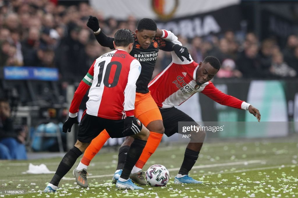 https www gettyimages com detail news photo steven berghuis of feyenoord steven bergwijn of psv news photo 1188808252