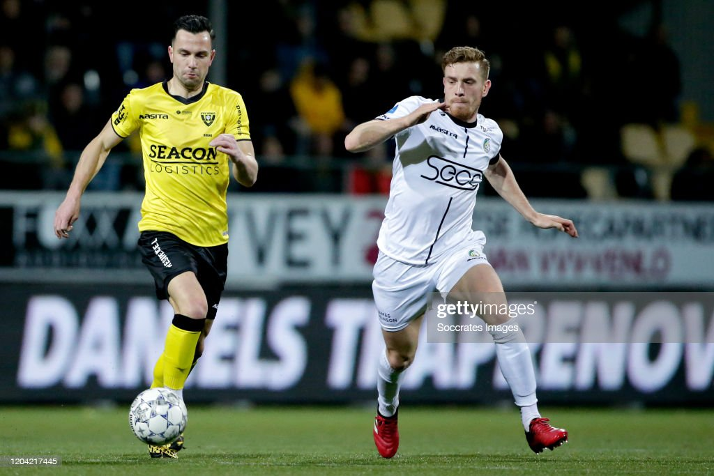 https www gettyimages com detail news photo thomas bruns of vvv venlo wessel dammers of fortuna sittard news photo 1204217445