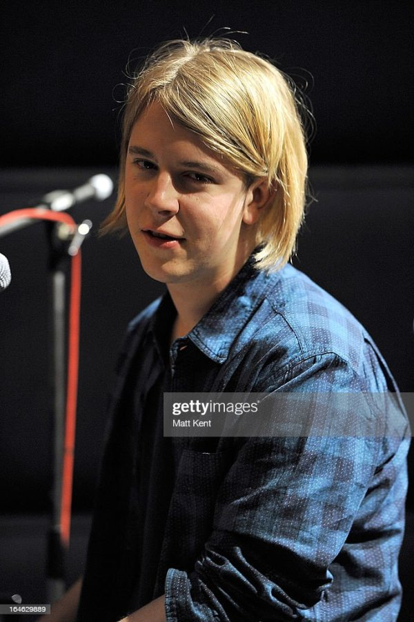 Dexter & Tom Odell Perform As Part Of The Absolute Radio ...