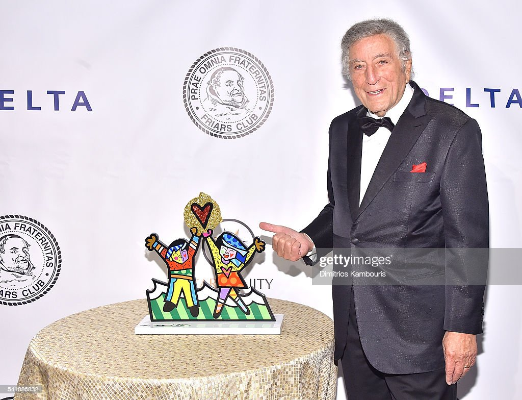 Friars Club Honors Tony Bennett With The Entertainment ...